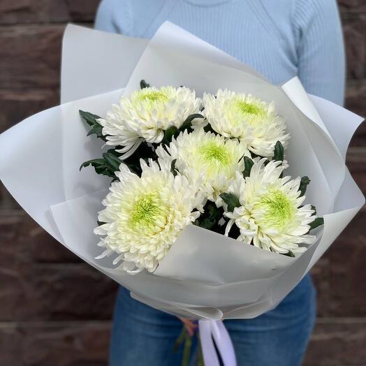 Букет из шикарной хризантемы «Невесомость»