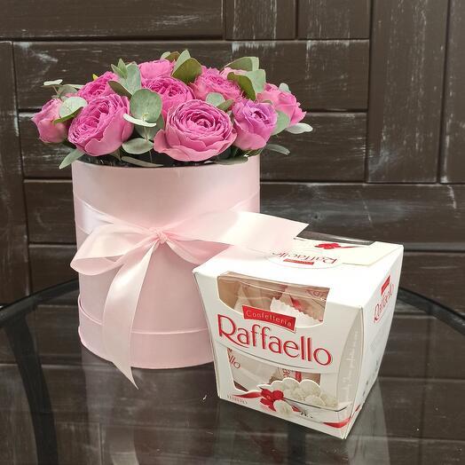 """Цветы в коробке """"С любовь""""  💞"""
