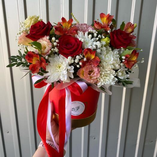 Цветы в коробке «Red»