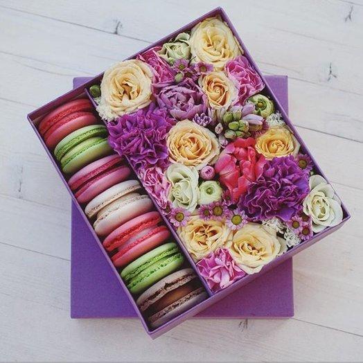 Коробка с макарунами Мила