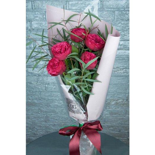Роза в крафте RED: букеты цветов на заказ Flowwow