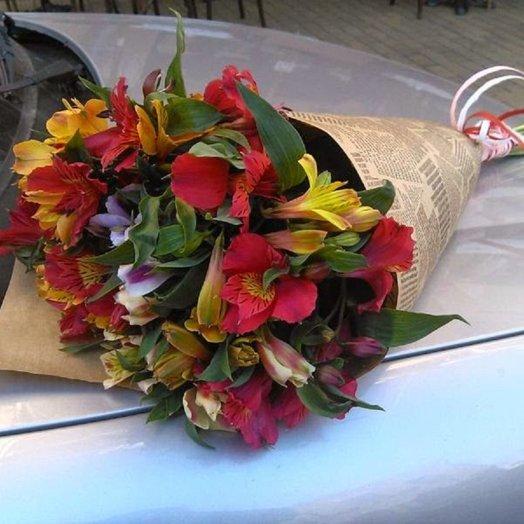 Перуанские лилии: букеты цветов на заказ Flowwow