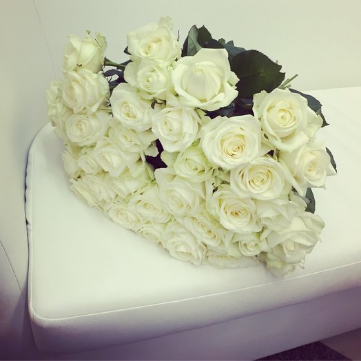 Розы белые : букеты цветов на заказ Flowwow