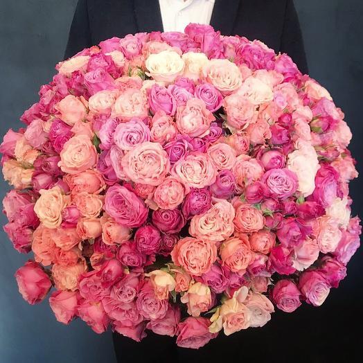 Роскошный букет пионовидных роз: букеты цветов на заказ Flowwow