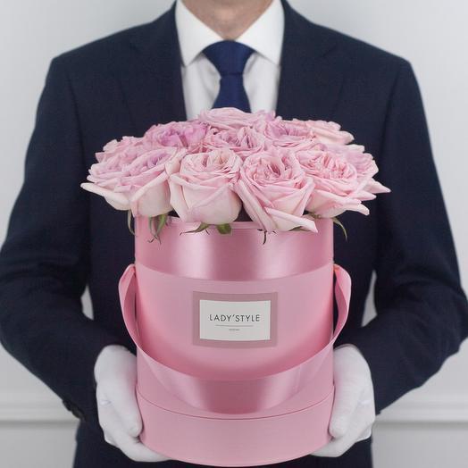 Ароматные эквадорские розы Pink O Hara в шляпной коробке M: букеты цветов на заказ Flowwow