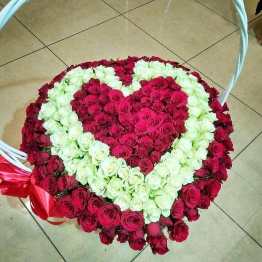 Корзина с 201 розой Сердце
