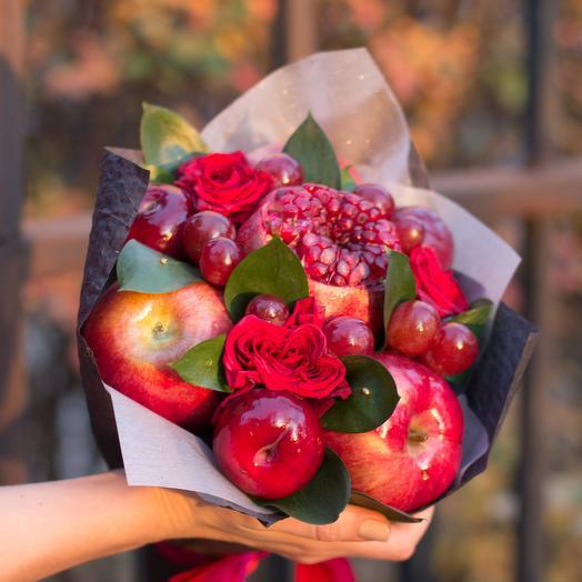 Букет из фруктов с яблоками и гранатом 48: букеты цветов на заказ Flowwow