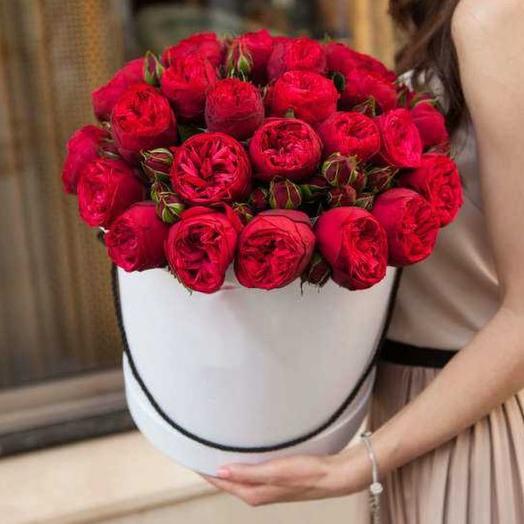 Шляпная коробка Ред Пиано L: букеты цветов на заказ Flowwow
