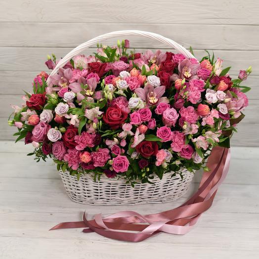 Корзина Версаль: букеты цветов на заказ Flowwow