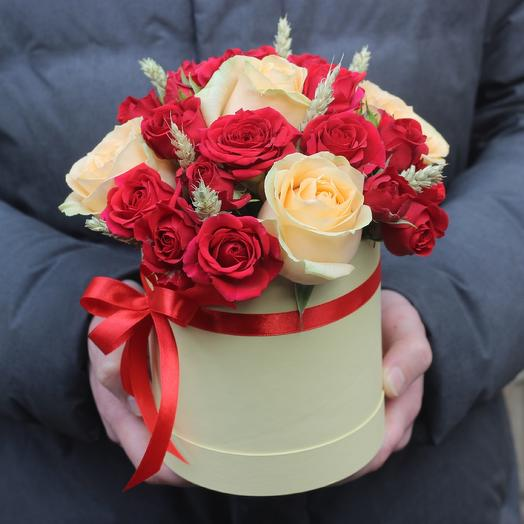 Мини коробочка из роз: букеты цветов на заказ Flowwow