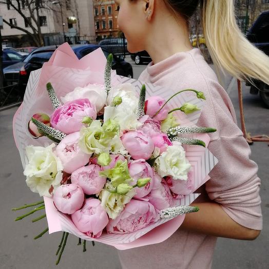 Облако пионов: букеты цветов на заказ Flowwow