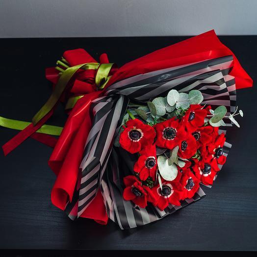 Букет из 15 анемонов: букеты цветов на заказ Flowwow