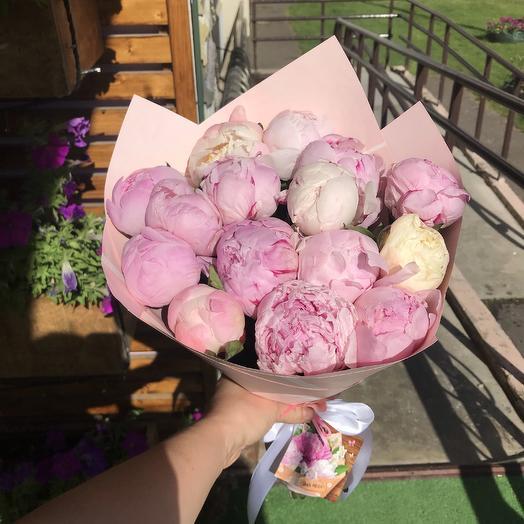 Букет пионов: букеты цветов на заказ Flowwow