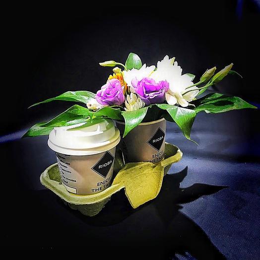 Цветочный драйв(кофе+композиция): букеты цветов на заказ Flowwow