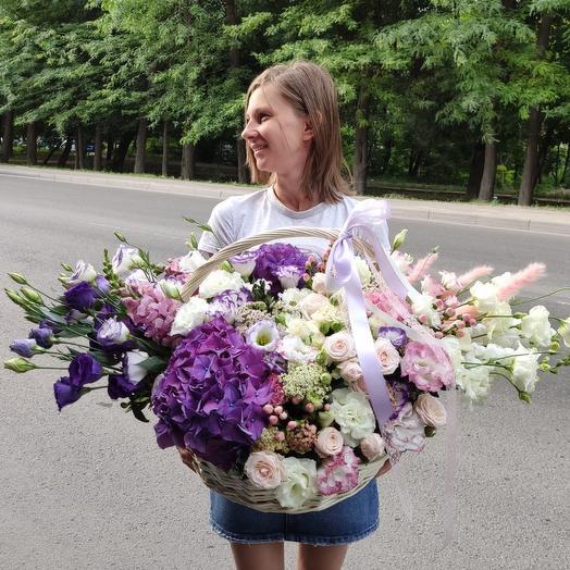 Огромная корзинка цветов «Взрыв чувств»