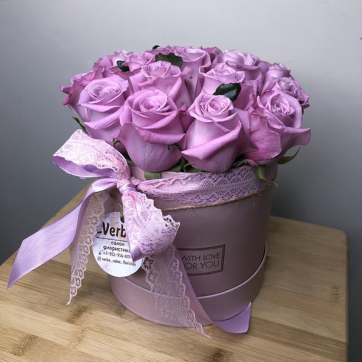 Коробка нежных роз: букеты цветов на заказ Flowwow