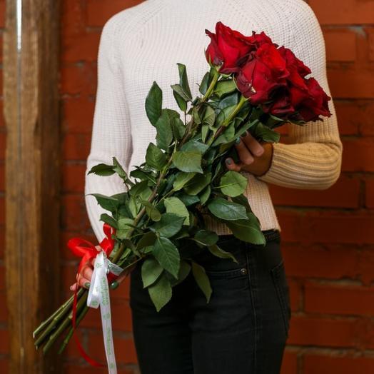 9 шикарных красных роз (Эквадор)