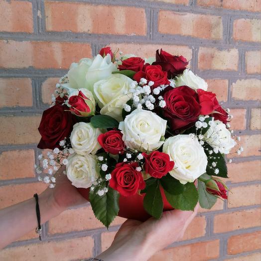 Коробка из микса роз