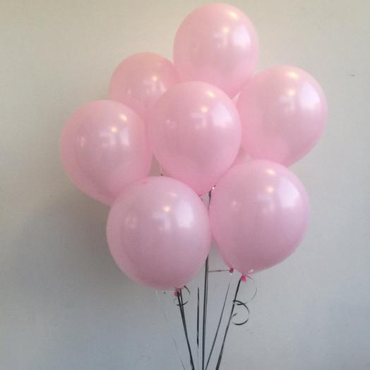 10 розовых шаров