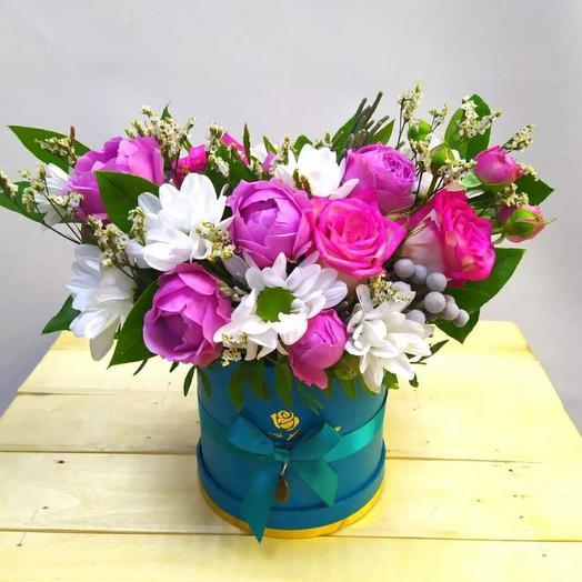 Бирюзовая коробка с пионовидной розой