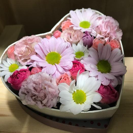 Цветы в коробке Нежное сердце