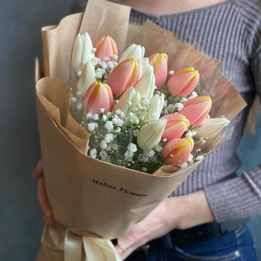 Микс с нежными тюльпанами