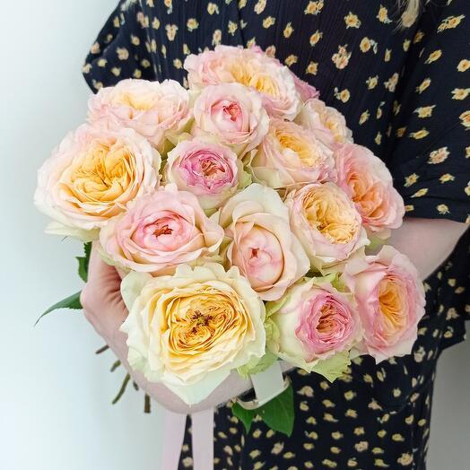 Суфле  пионовидных роз