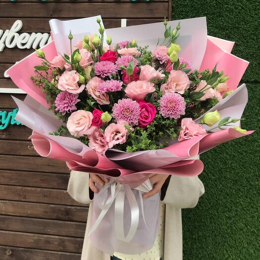Нежный розовый букетик