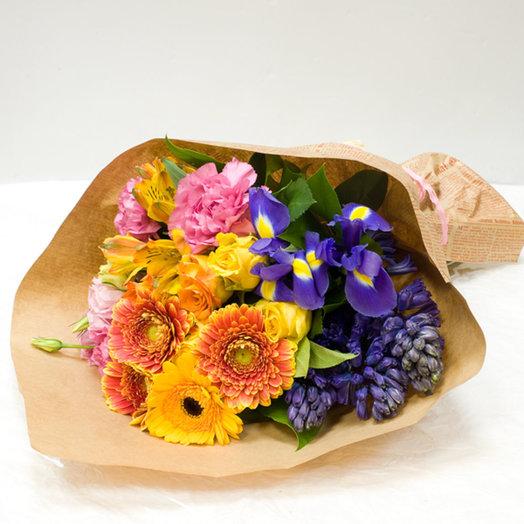 Букет цветов Приятный подарок: букеты цветов на заказ Flowwow