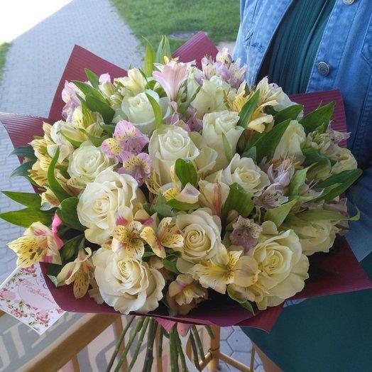 Лёгкость дня: букеты цветов на заказ Flowwow