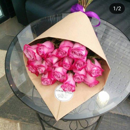 15 роз в крафт бумаге: букеты цветов на заказ Flowwow