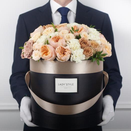 Букет Torino в шляпной коробке XL: букеты цветов на заказ Flowwow