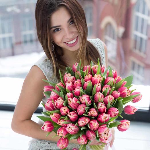 Букет розовых пионовидных тюльпанов