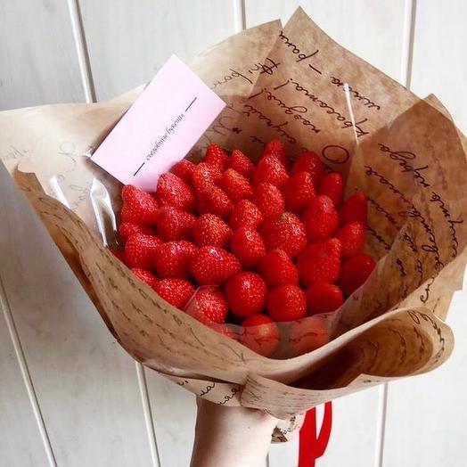 Клубничный букет «лакомка»: букеты цветов на заказ Flowwow