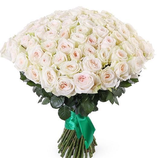 55 ароматных роз  Вайт О Хара: букеты цветов на заказ Flowwow