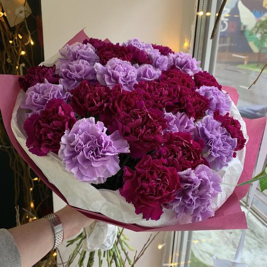 Микс из гвоздик: букеты цветов на заказ Flowwow
