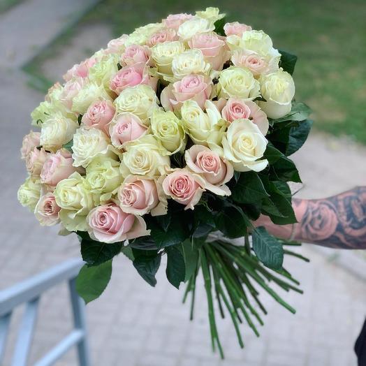 51 Роза 60см Микс: букеты цветов на заказ Flowwow