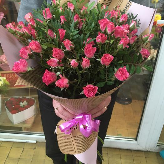 Букет из кустовой эквадорской розы