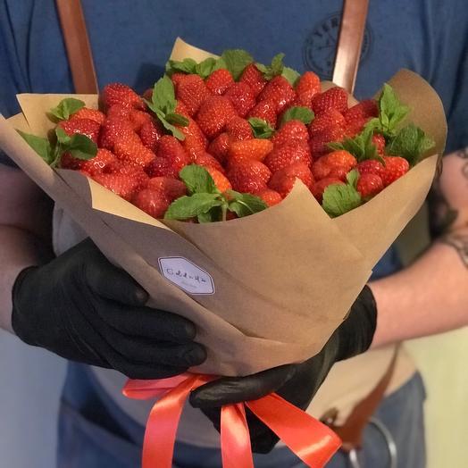 Мятная клубника: букеты цветов на заказ Flowwow