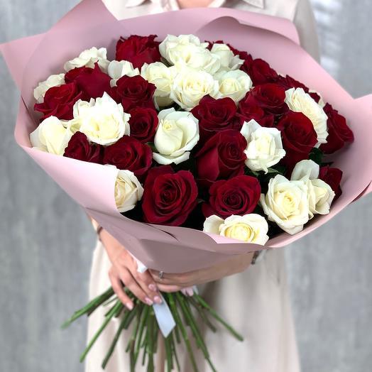 Букет из 41 розы микс (Эквадор)