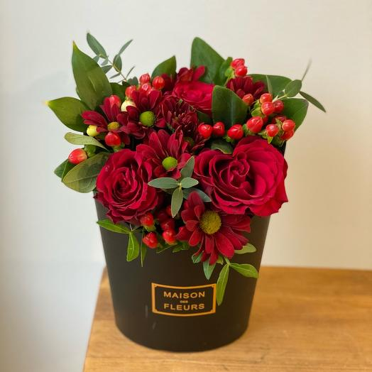Зефирка чёрная с розами Эквадор