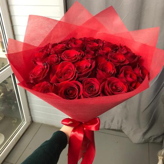 Алые розы 🥰