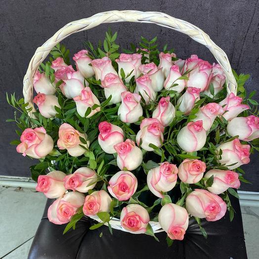 51 Роза в корзине