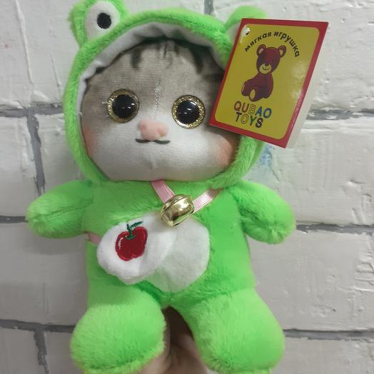 Котик в костюме лягушки(22см.)