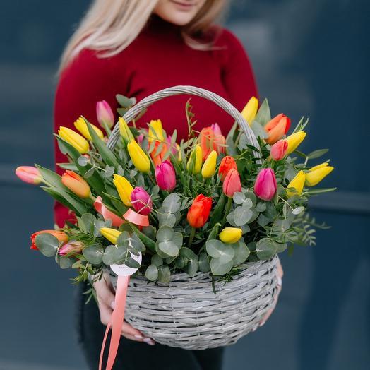 Корзина с тюльпанама  L