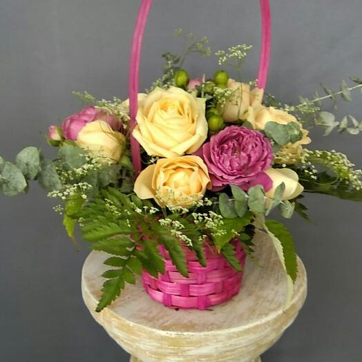 Корзина с цветами Лазурь