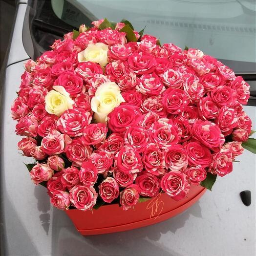 Цветы в коробке Сердце моё
