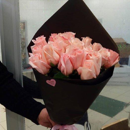 Ангажимент: букеты цветов на заказ Flowwow