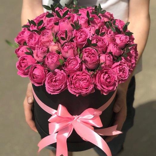 Коробки с цветами.Пионовидная кустовая роза. N104: букеты цветов на заказ Flowwow