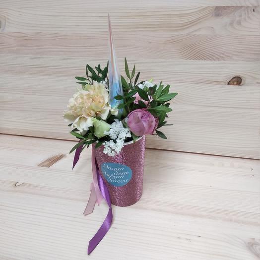 Влюблённый единорог: букеты цветов на заказ Flowwow
